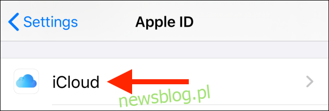 Stuknij w iCloud na ekranie profilu
