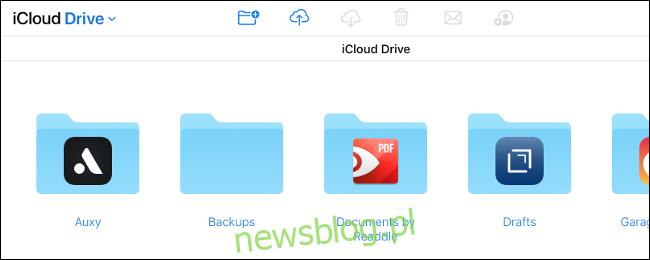 Dysk iCloud w witrynie iCloud.com.