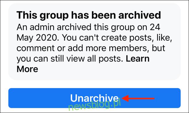 Stuknij Przywróć z archiwum, aby przywrócić grupę na Facebooku