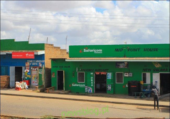 Sklep Safaricom ze znakiem M-Pesa w Kenii.