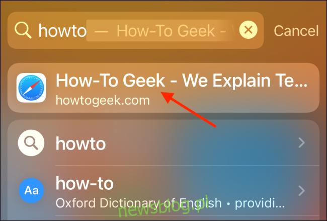 Wyszukiwanie pokazujące autouzupełnianie witryny
