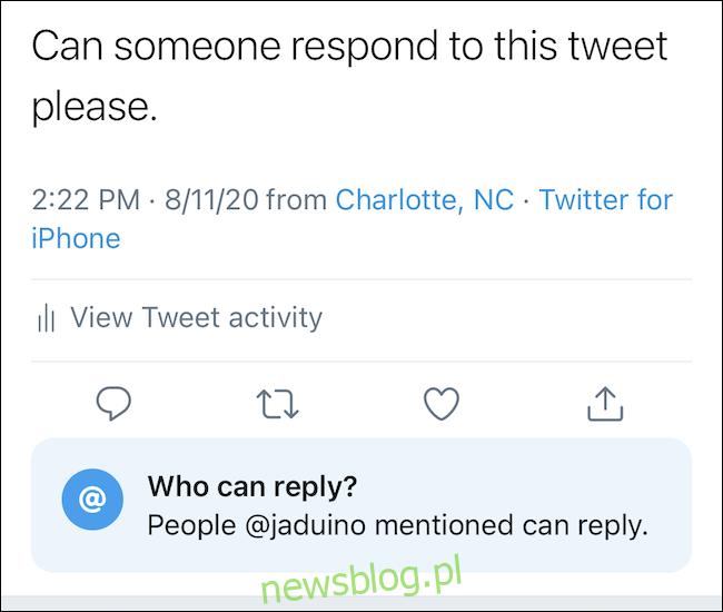 Po wybraniu tweet pokaże ustawienie odpowiedzi