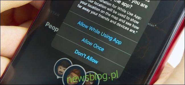 Aplikacja Find My pyta o dostęp do lokalizacji na telefonie iPhone z systemem iOS 13.